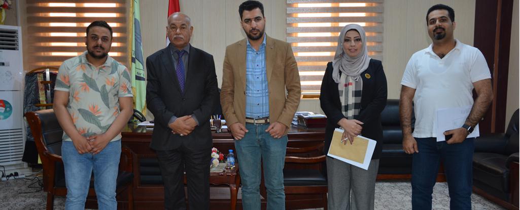 وفد هيئة الإعلام والاتصالات يزور جامعة البصرة للنفط والغاز للتباحث حول اشراك الطلبة بمسابقة استكشاف الفرص