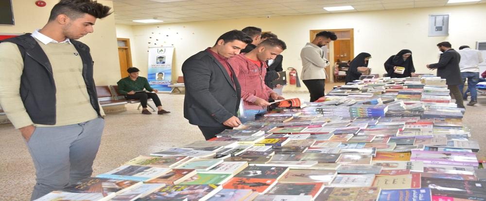جامعة البصرة للنفط والغاز تنظم معرضاً للكتاب في اروقة كلية هندسة النفط والغاز
