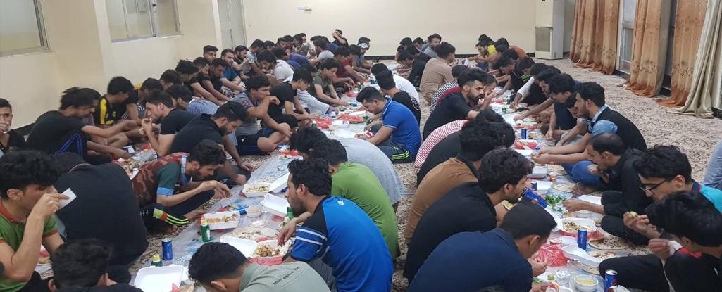 جامعة البصرة للنفط والغاز تقيم (مأدبة افطار جماعي) لطلبة الاقسام الداخلية في الجامعة