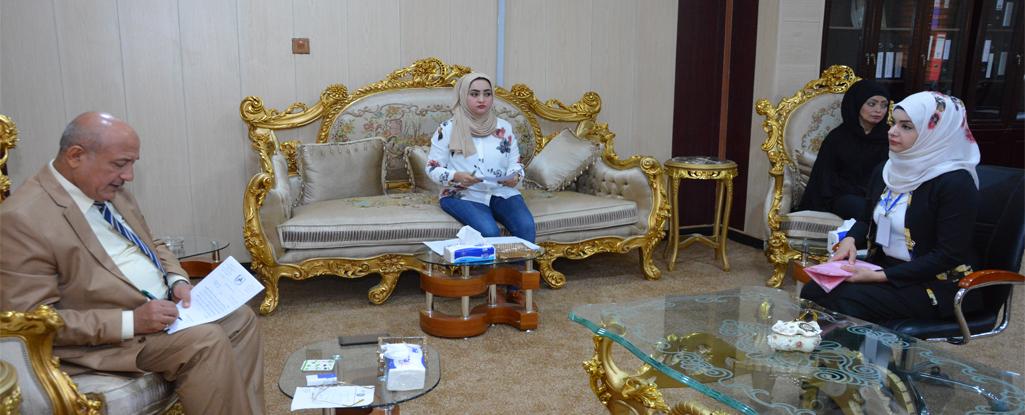 رئيس جامعة البصرة للنفط والغاز يلتقي بعدد من المواطنين لحل جميع مشاكلهم وتوفير متطلباتهم